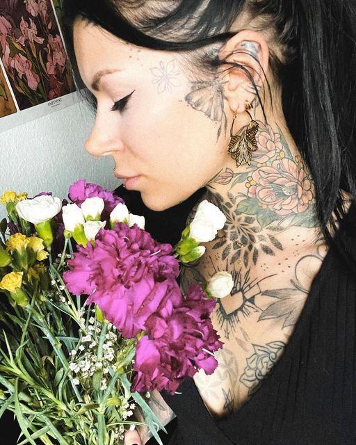 Tolles Bild von @sarahrose_tattoo mit unserem Schmuck - Finde unsere Bestseller