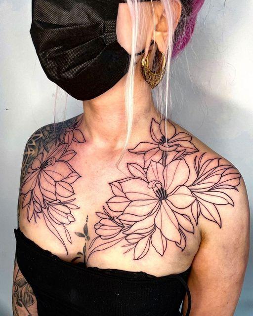 Wunderschönes Tattoo & schöne Wildcat #Earsaddles .  Finde sie hier     Done