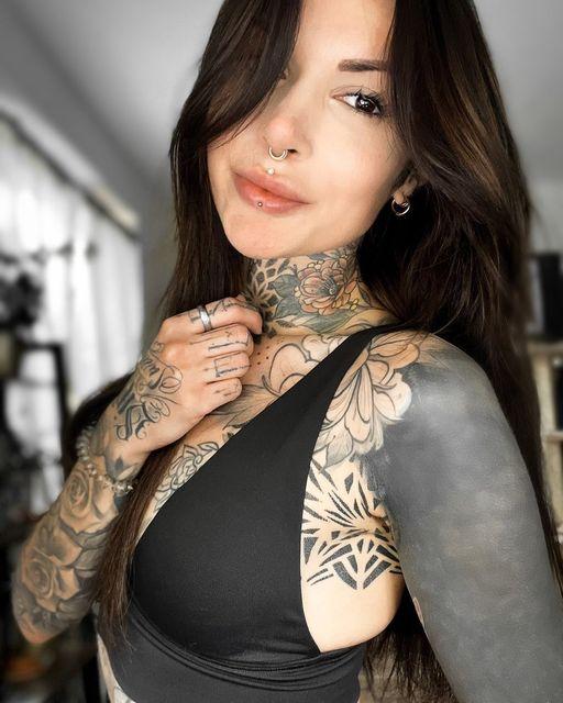 @sarahrose_tattoo ist ein echter Hingucker, ganz besonders mit diesem Wildcat Sc