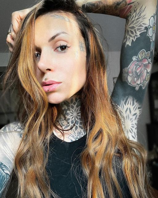 Ashley oder Medusa Piercing - welches bevorzugst du?       sarahrose_tattoo